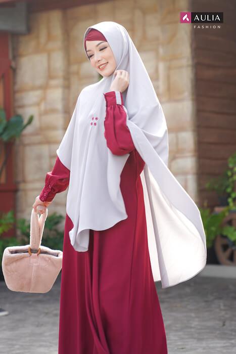 gamis warna scarlet - yumnaa scarlet Aulia Fashion 3