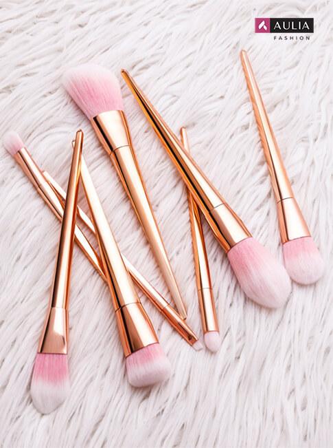 peralatan make up wajib punya by Aulia Fashion 11 - brush set