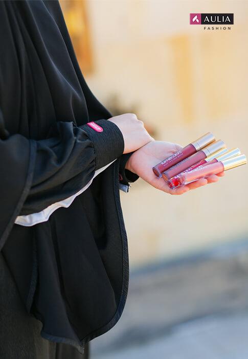 peralatan make up wajib punya by Aulia Fashion - lipstick
