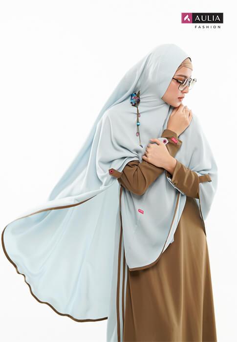 karakteristik gamis bahan wollycrepe by Aulia Fashion 1